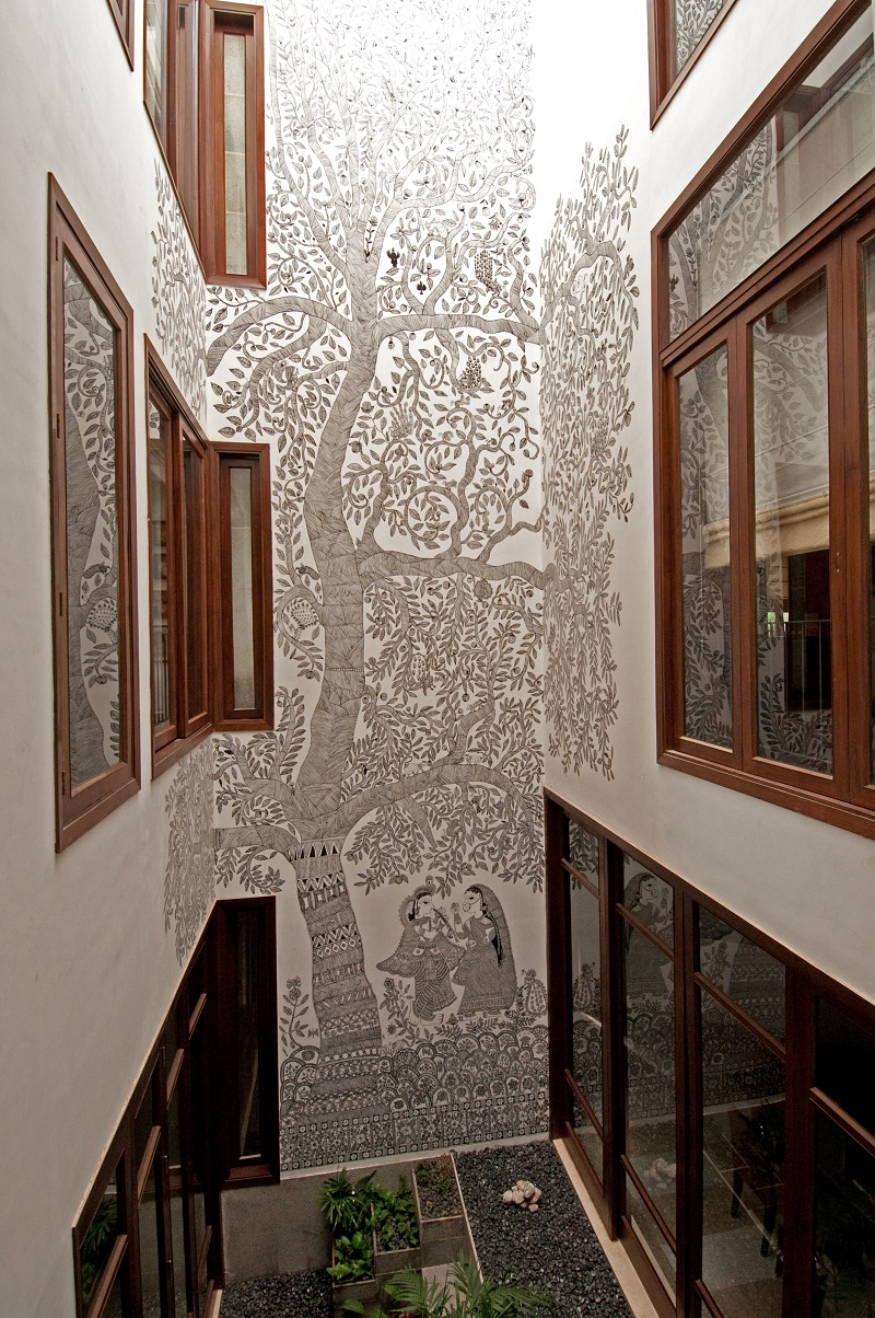 Traditional indian art & crafts in architecture and interior design