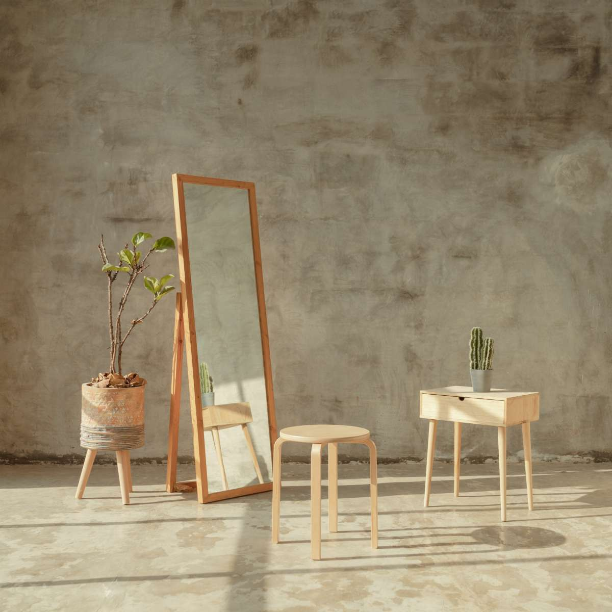 Different types of mirrors to make your home look spacious